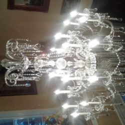 large crystal chandelier1