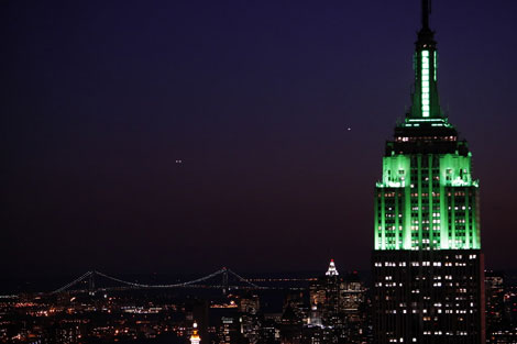 Drone Crashes Into Empire State Building, Man Arrested