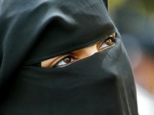 [Image: burqa2-300x225.jpg]
