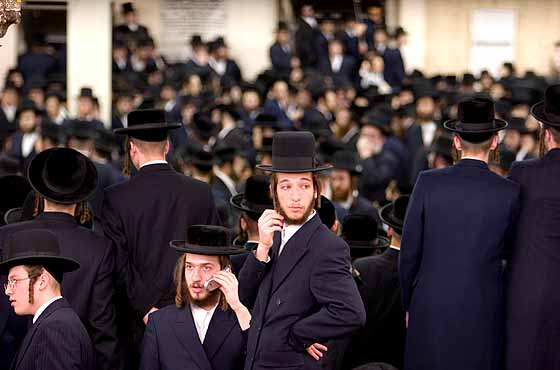 Op-Ed: Discrimination Against Hasidic Jews Is Also Anti-Semitism