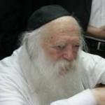 Rav Kanievsky Taken to Mayanei HaYeshua Hospital to be Examined