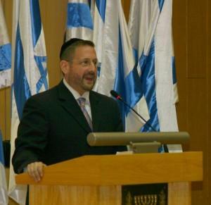 Lipman Renews Efforts to Divide Beit Shemesh