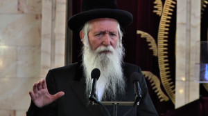 HaRav Yitzchok Dovid Grossman Involved in Peace-Making Before Rosh Hashanah