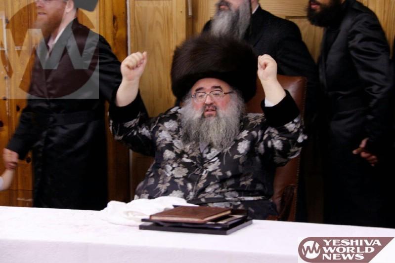 Photos Skolya Rebbe On Motzei Shabbos Nachamu In The