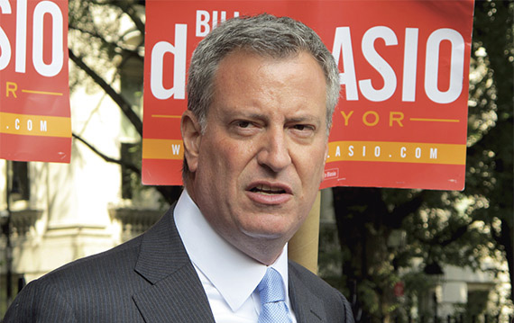 NYC Mayor de Blasio Heads To Israel To Discuss Anti-Semitism