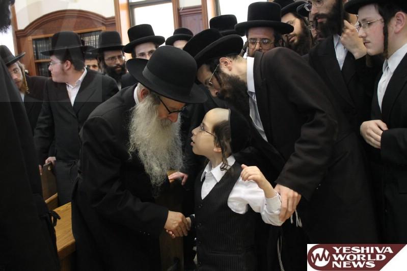 Photo Essay Amshinover Rebbe By A Bris Photos By Jdn