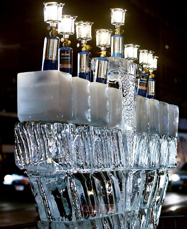 Photo Chabad Lights 12 Foot Ice Menorah In Midtown