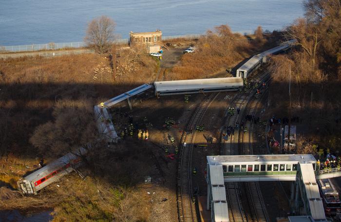 NTSB Says Sleeping Engineer Caused Bronx Derailment