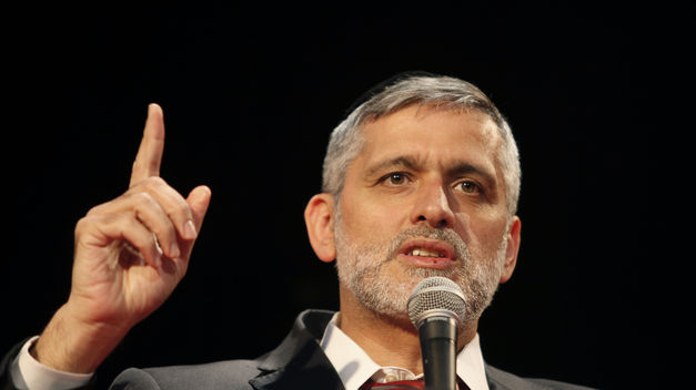Shas Torah Council Divided on How to Deal with Eli Yishai
