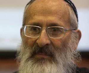 Rabbi Shlomo Aviner Backs Rabbi Amar in Jerusalem Rabbinate Race
