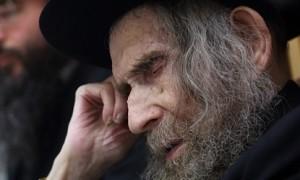 Maran HaRav Shteinman to Chief Rabbi Lau: Strengthen Shmiras Shabbos