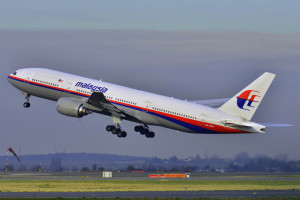 Material That Washed Ashore In Australia Being Examined In Malaysian Jet Search