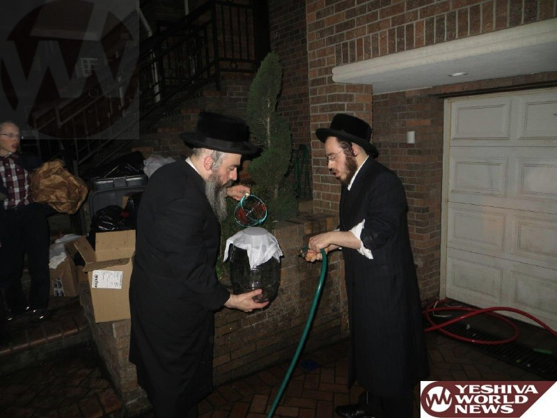 Photo Essay: Yidden In Boro Park Doing Mayim Shelanu Erev Pesach 5774 (Photos By JDN)