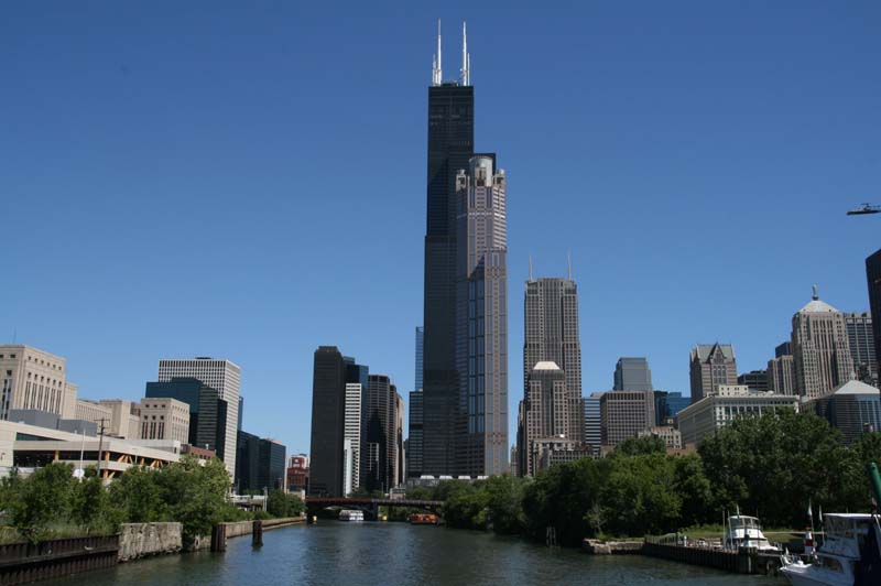 Photo Implies ISIS Threat to Chicago