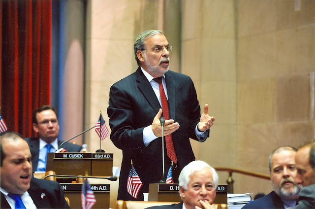 Hikind Urges New Yorkers to Stand Up Against Grocery Bag Tax