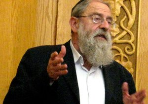 Jerusalem Chief Rabbi Stern Continue the Battle for Kashrus Integrity in Yerushalayim