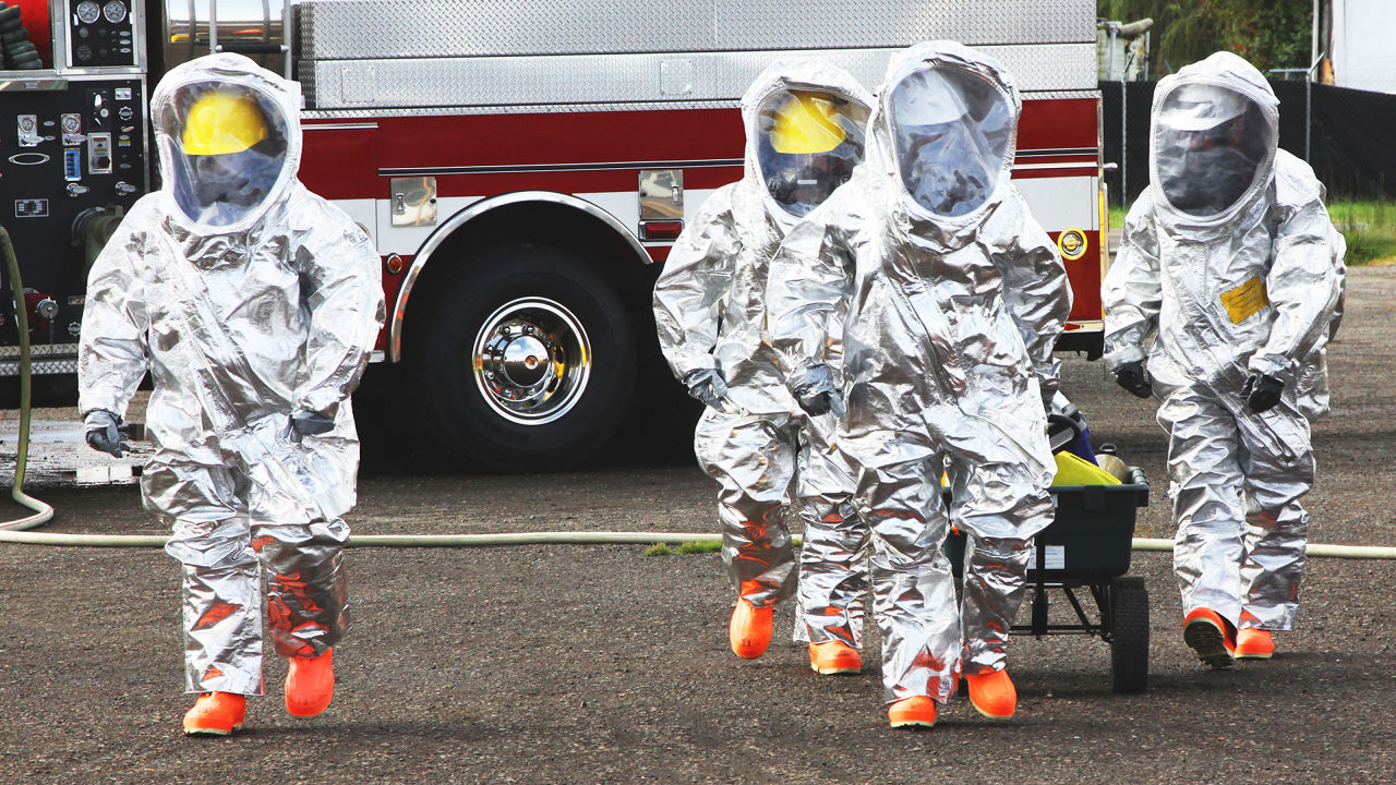Top Doc: 'Several People Were Exposed,' More Will be Infected by Dallas Ebola case