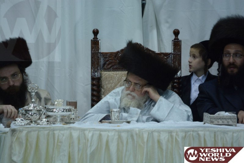 Photo Essay: Toldos Avrohom Yitzchok Rebbe - Sukkos 5775 (Photos By JDN)