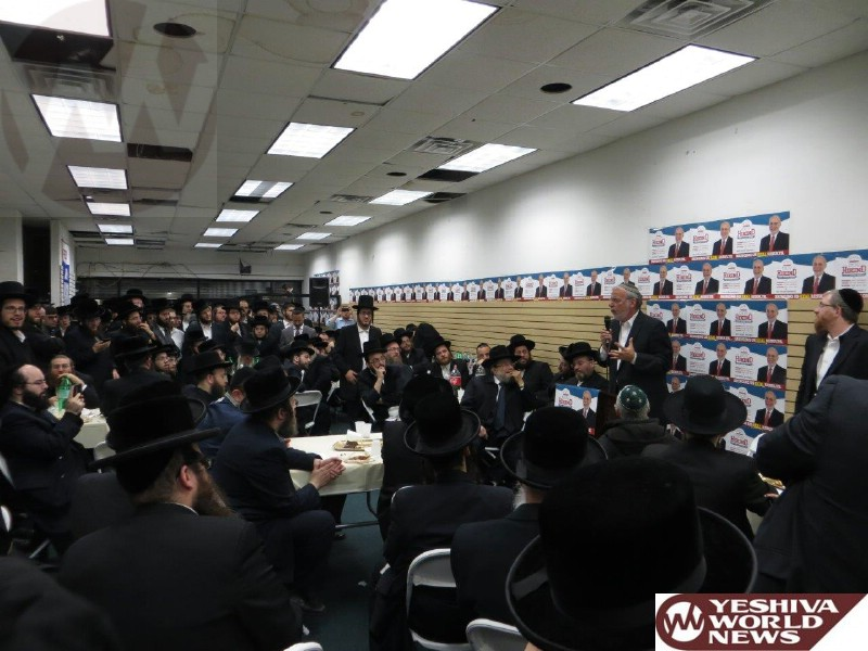 Photo Essay: Thursday Night Rally In Boro Park In Support Of Dov Hikind