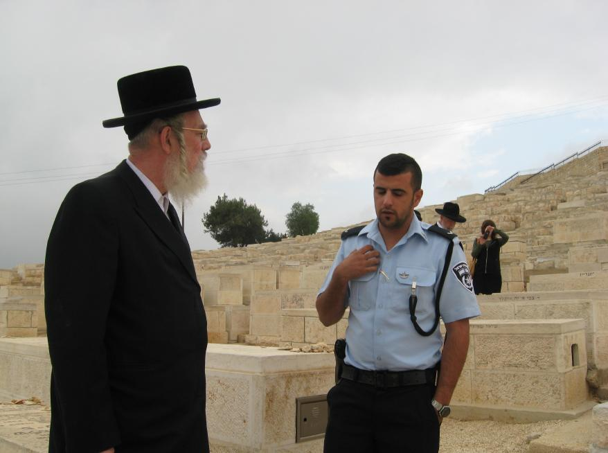 Fireworks thrown at MK Yisrael Eichler During Visit to Har Hazeisim on Sunday, Calls for Urgent Construction of Fence