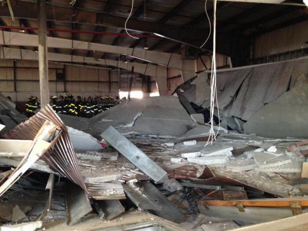 Person Killed In Staten Island Car Dealership When Roof Collapses #BlackFriday