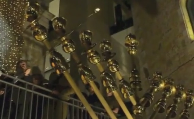 VIDEO: Mass Chanukah lighting in Jerusalem honoring lone soldiers