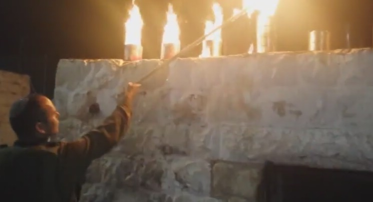 VIDEO: Over 1,500 Mispallalim at Kever Yosef