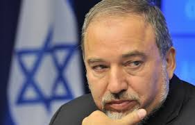 Lieberman Calls Head of Joint Arab List a Fifth Column