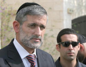 Yishai Loyalists: Deri Did Not Keep His Word