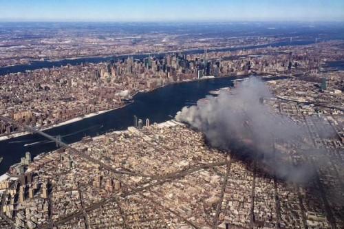 Williamsburg: 250 Firefighters Battle Massive 7 Alarm Blaze In Warehouse In Frigid Temps