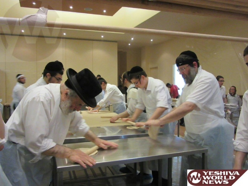 Photo Essay: Yidden in Melbourne, Australia Baking Matzos For Pesach 5775 (Photos By JDN)