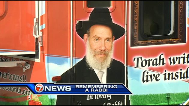 Trailer Paying Tribute to Slain Rabbi to Travel Across US