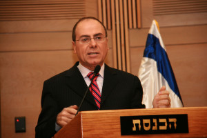 Interior Minister Shalom Holds Secret Talks with PA Negotiating Chief in Amman