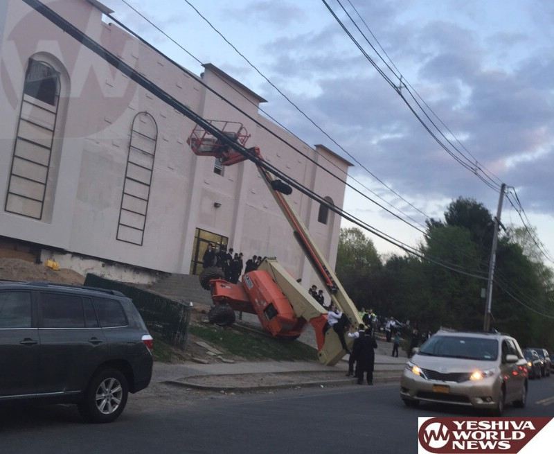 VIDEO AND PHOTOS: Crane Overturns In Monsey Trapping Operator
