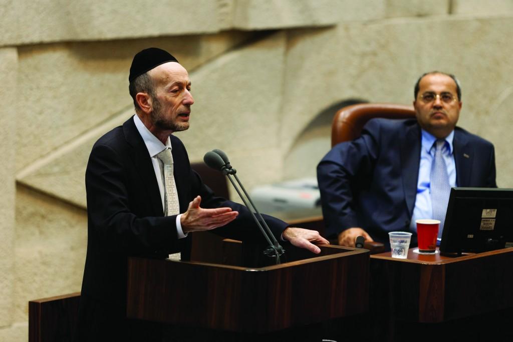 Israel PM eyes Mumbai flights after Saudi opens airspace
