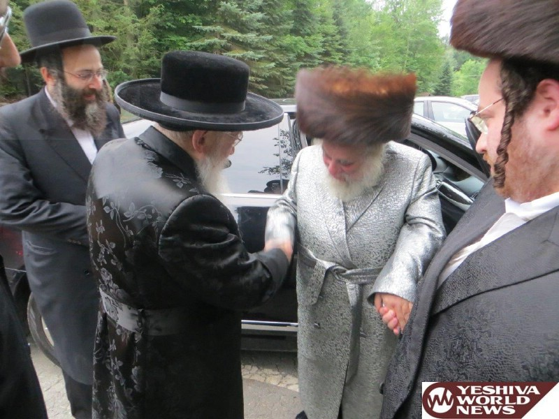 Photo Essay: Karlesburg Rov Spent Shabbos Two Weeks in Laurel Ledge Estates in South Fallsburg (Photos By JDN)