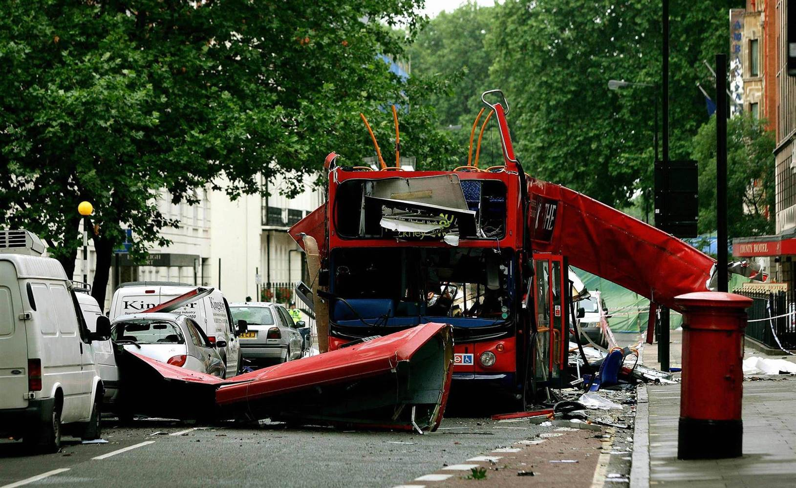 Britons Mark 10th Anniversary Of London Transit Terror Attacks