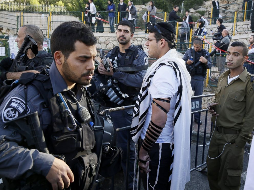 Ministers Approve Bonus Pay for Police Serving in Eastern Yerushalayim