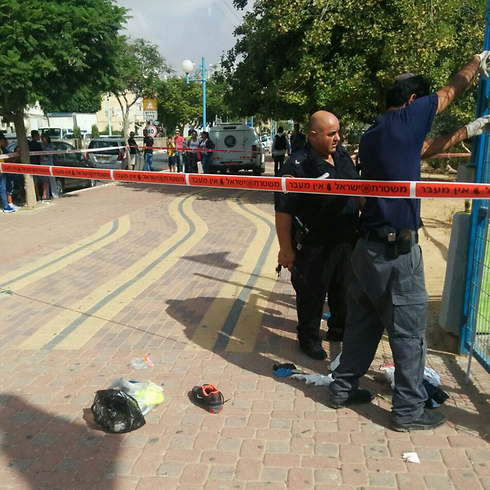 Jewish Attacker Stabs Three Arabs in Dimona [UPDATED 11:07 AM IL]