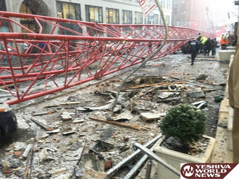 Crane That Collapsed, Killing 1, Is Removed From NYC Street