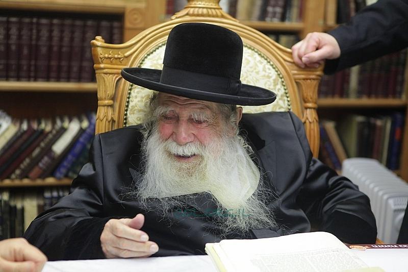 Erlau Rebbe Released from Hospital on Erev Shabbos