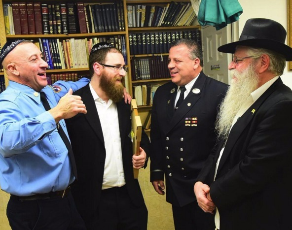 A REAL HERO! Retired FDNY Firefghter Meets With Man He Saved From Building 14 Years Ago