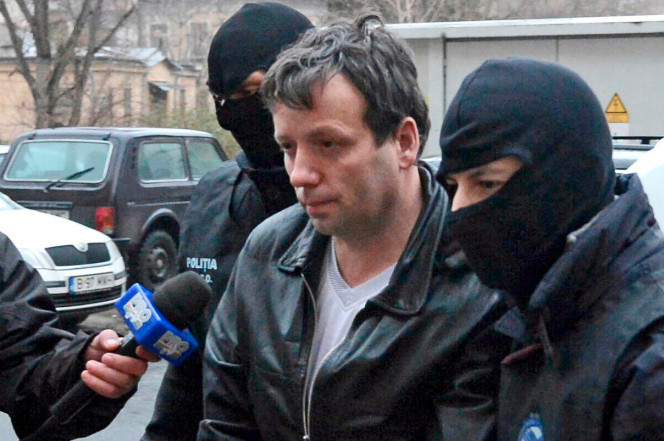 Hacker Guccifer Pleads Guilty To Hacking Bush Emails