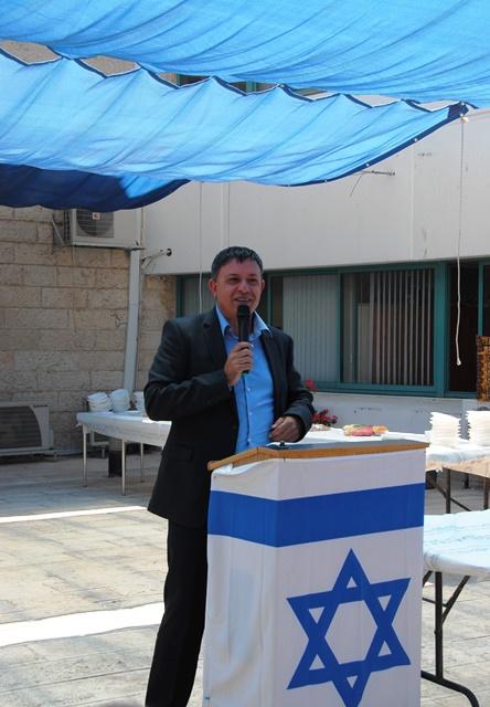 Environment Affairs Minister Avi Gabbai Resigns Over Lieberman Deal
