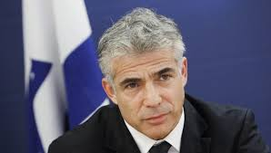 VIDEO: Lapid Greeted Warmly By Shas Faction Officials