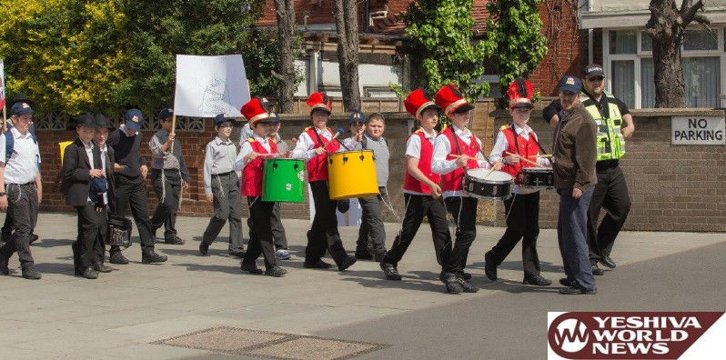 Photo Essay: Lag Baomer Parade In Stamford Hill, London (Photos by Chili Green - JDN)