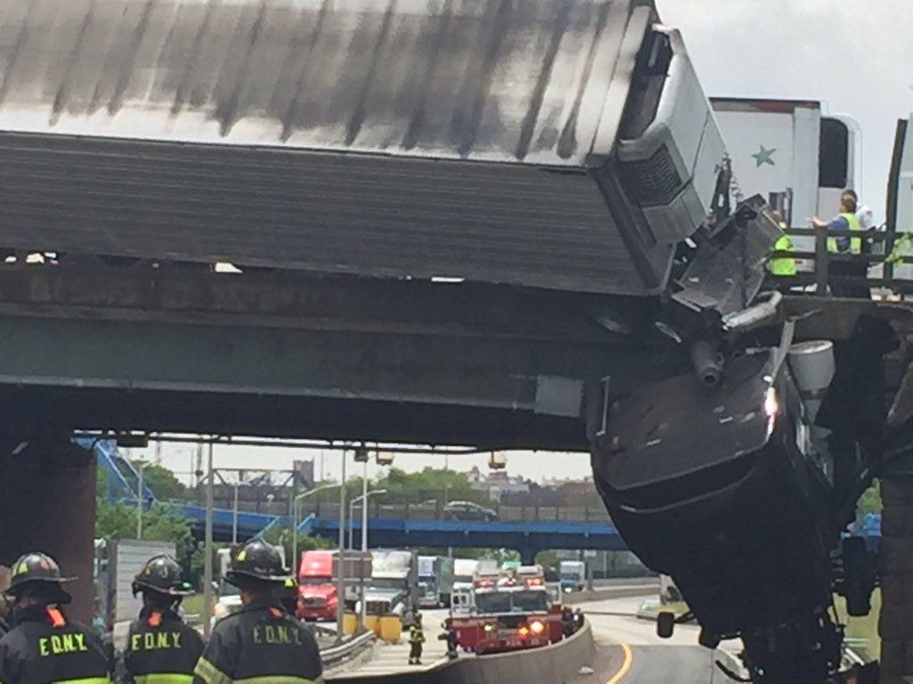 Bronx: Tractor Trailer Hanging Over Sheridan Expressway Following Accident