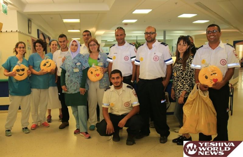 PHOTOS: MDA Brings Smiles To Children In Schneider Children's Hospital In Petach Tikvah