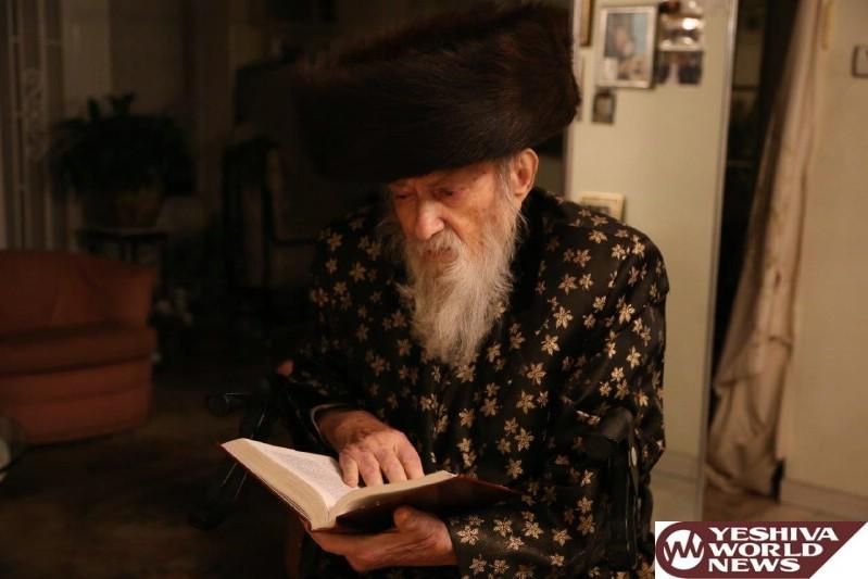 Photos Of The Kamarna Rebbe Of Boro Park, HaRav Alter Yitzchok Safran Zatzal, Niftar At Age 92. Levaya Was Thursday (Photos by JDN)