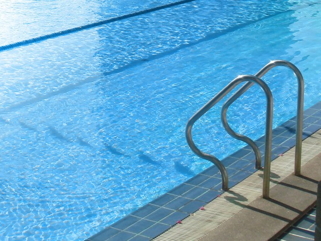 No men allowed women only pool hours draw complaints in - Female only swimming pool melbourne ...